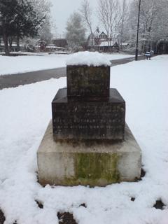 Hornsey church yard snow