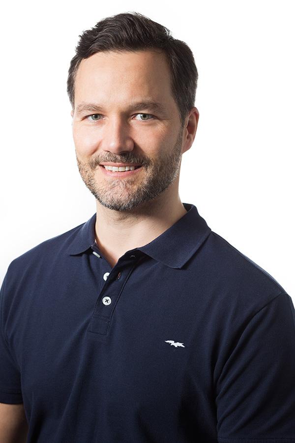 Johan Klingstam I.M.C  Lic. Idrottsmassör Lic. PT / elittränare Master of Chiropractic Ortopedisk Medicin, Cyriax