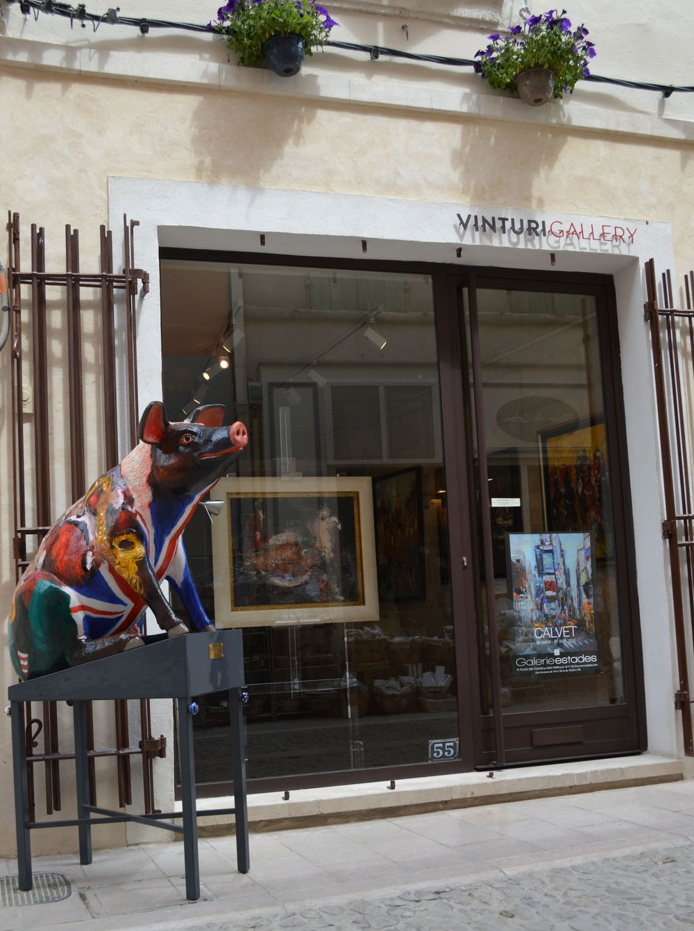 "Michel Calvet's ""George the Pig""  sitting outside Vinturi Gallery."