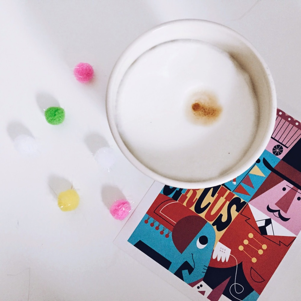 samstagskaffee mit zirkus und pompoms bei ninotschka