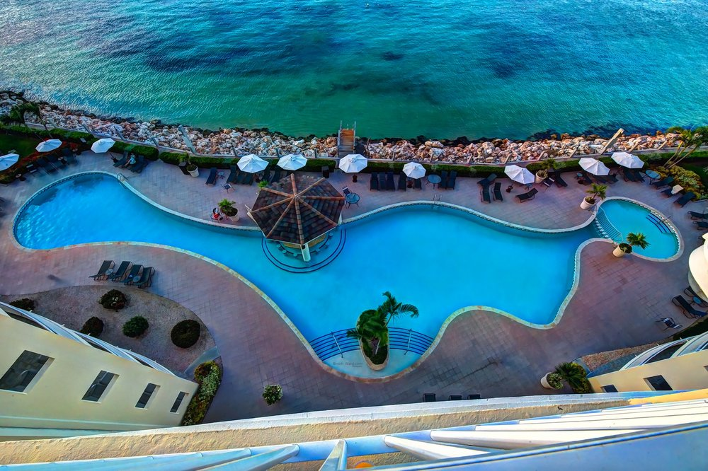 St. Maarten (Resort Pool)