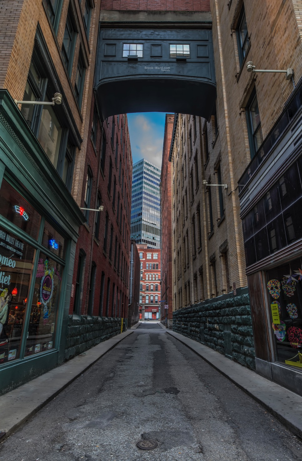 Pittsburgh Alley