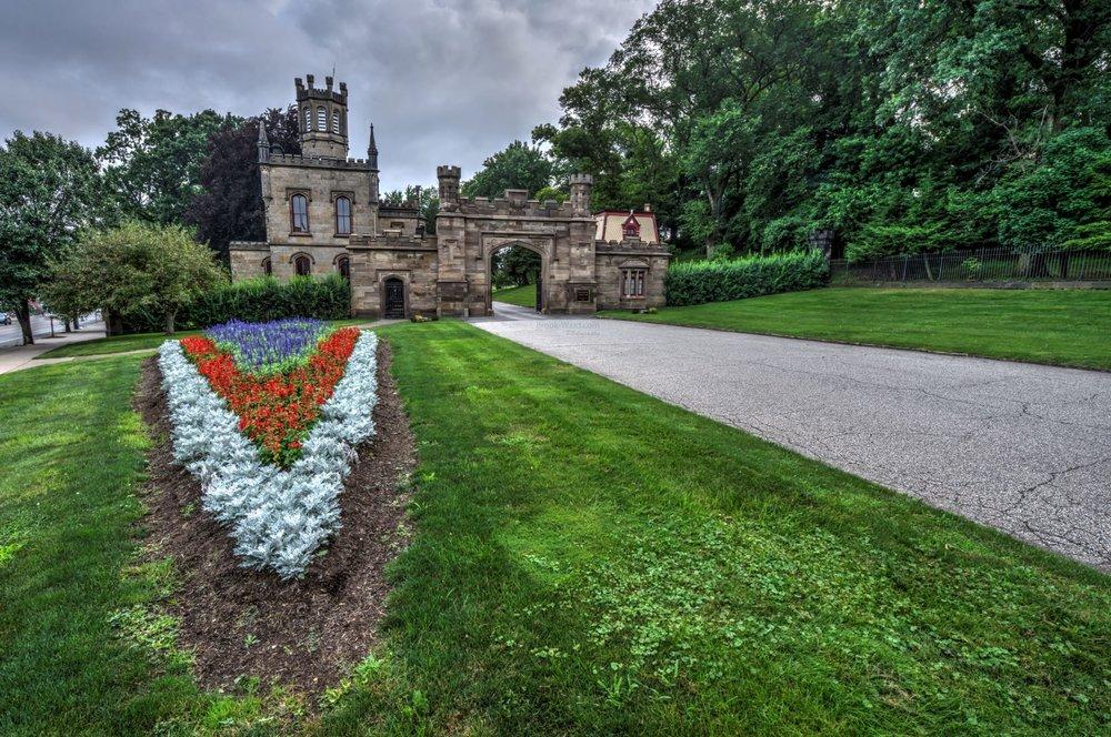 41825 Pittsburgh - Allegheny Cemetery 2017 wm.JPG