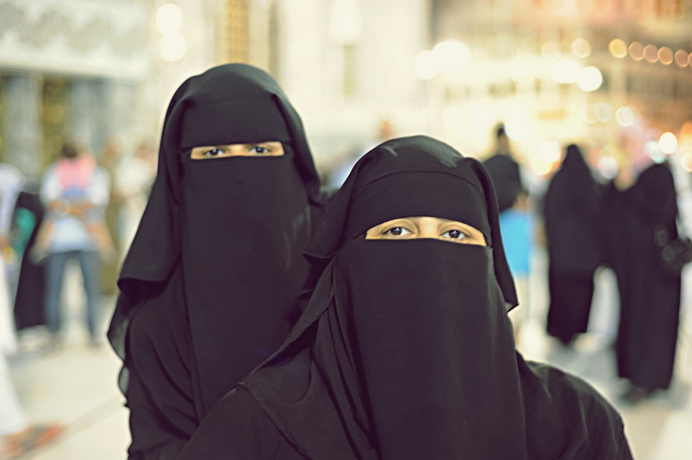 Arabische Frauen: Die Frauen, der Knig und ein Esel
