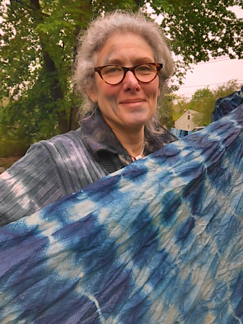 The Old Lyme studio focuses on Catalogne and Connecticut River Blanket workshops, and is the site for summertime Indigo Shibori workshops.