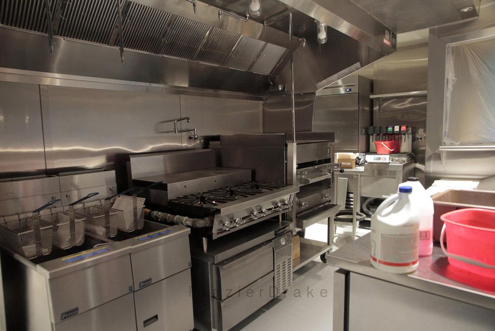 C Kitchen3.jpg