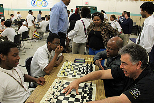Ashley and Seirawan take on all comers at ICA in St. Louis