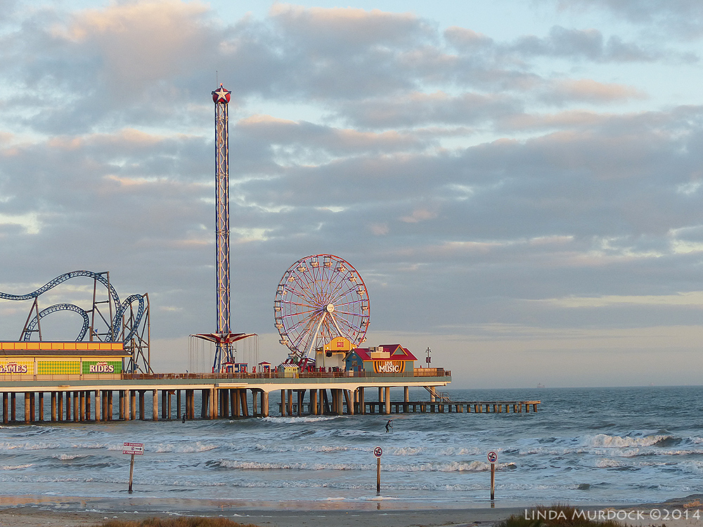 Galveston Pleasure Pier Panasonic Lumix FZ200 Automagic Setting