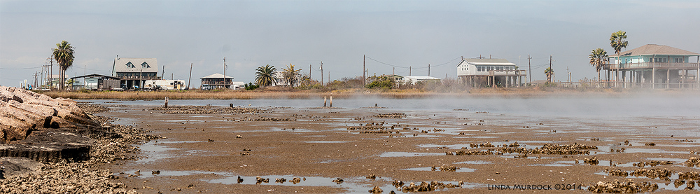 Panorama of low tide at North Jetty with fog. Sony A700 with 70-400mm 1/1600 sec. f/5.6 ISO 400
