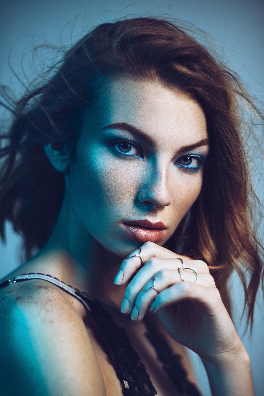 One light fashion portrait photography tutorial 76