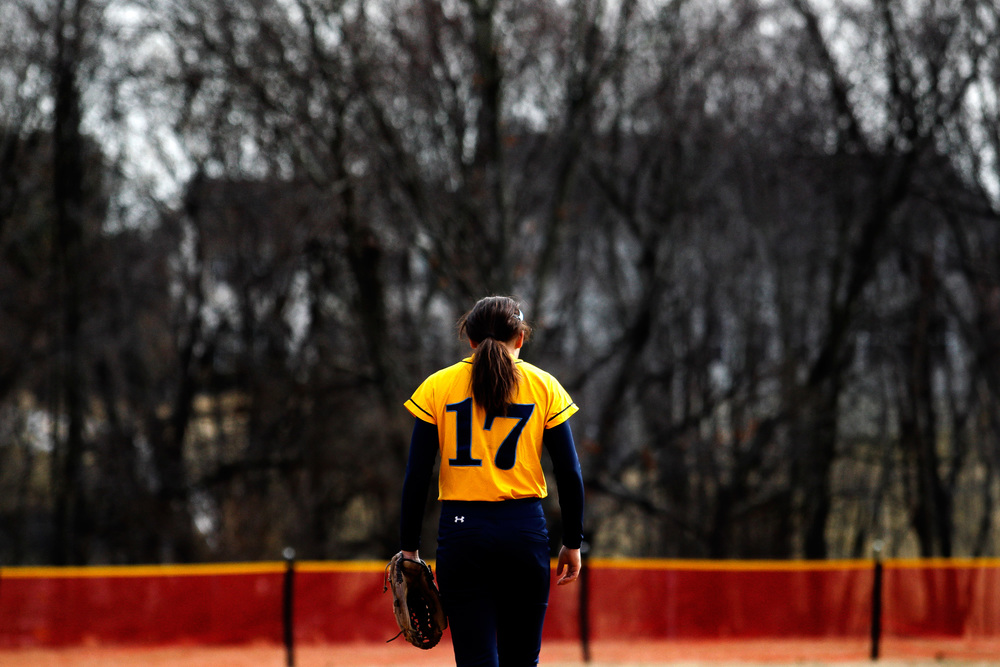 _2423176_ph_hs_RH_Glenelg_0012_softball_03201web.jpg