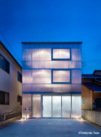 House-in-Tousuien_10_y_main.jpg