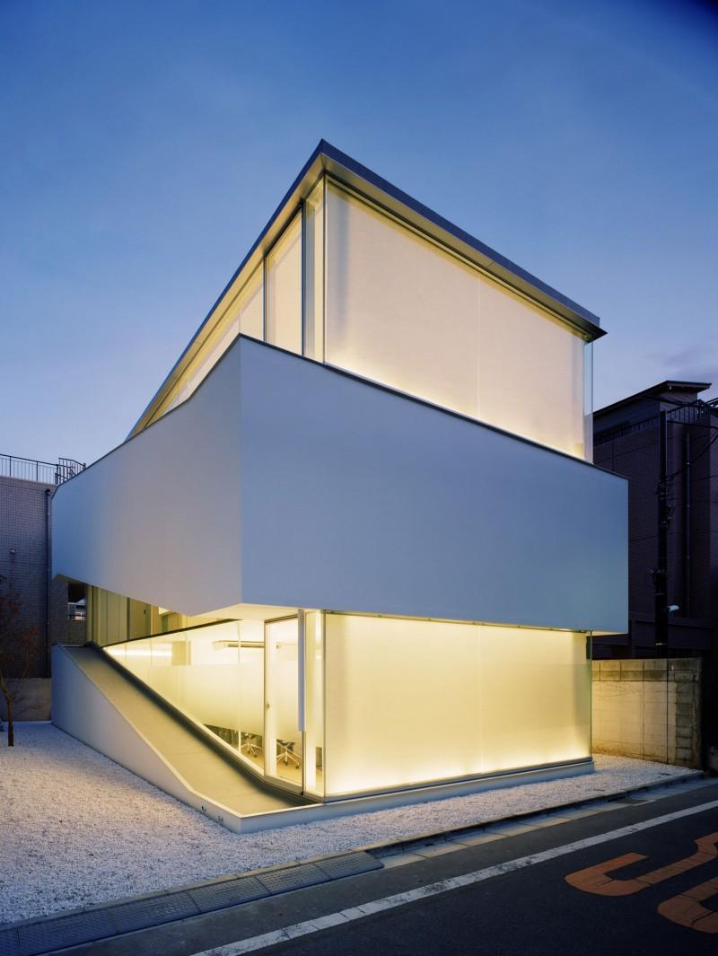 C1-House-01-800x1065.jpg
