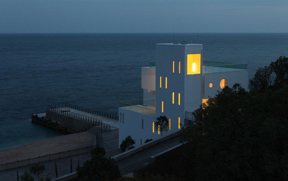 51107601b3fc4be880000001_yacht-house-robin-monotti-architects_3129.jpg