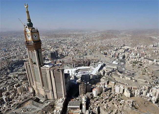 Abraj-Al-Bait-Towers-5.jpg