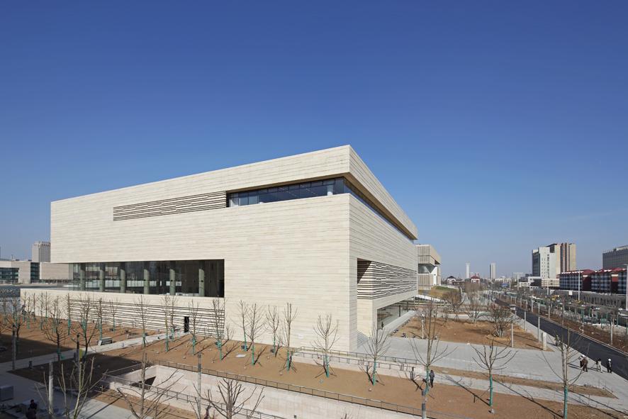 1338379105-ksp-tianjin-art-museum-exterior1-s.jpg