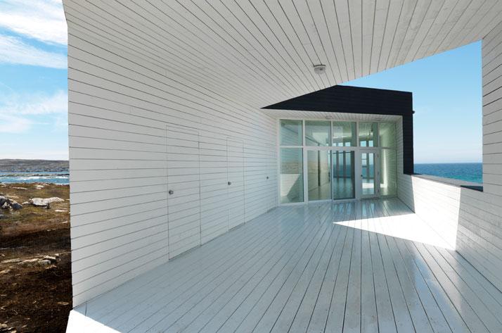 fogo-island-saunders-architecture-the-tree-mag-10.jpg