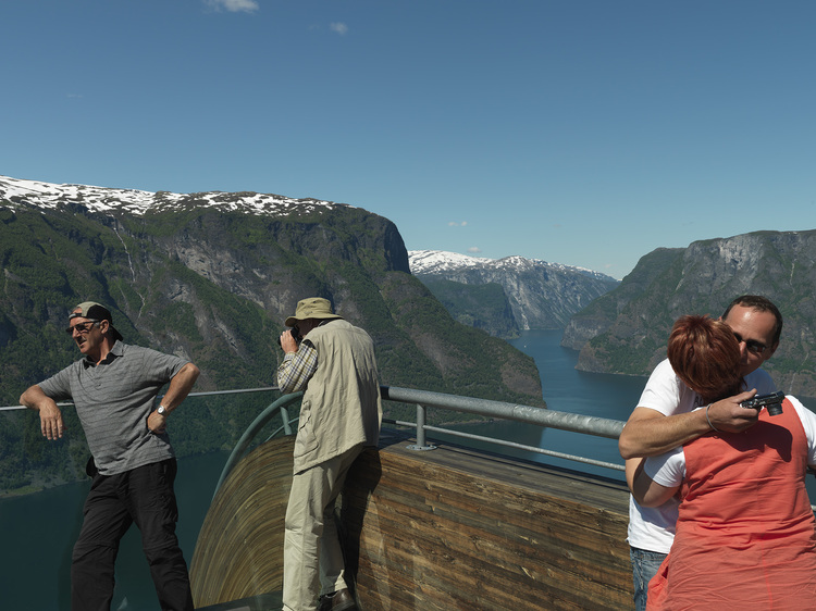 Aurland Look out by Saunders & Wilhelmsen the-tree-mag A6539553s.jpg
