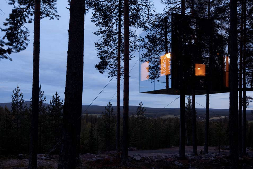 Treehotel---Mirrorcube-by-Tham-&-Videgård-the-tree-mag-160.jpg