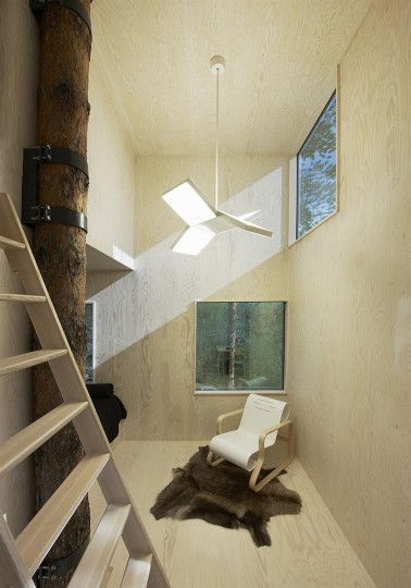 Treehotel - Mirrorcube by Tham & Videgård the-tree-mag 20.jpg
