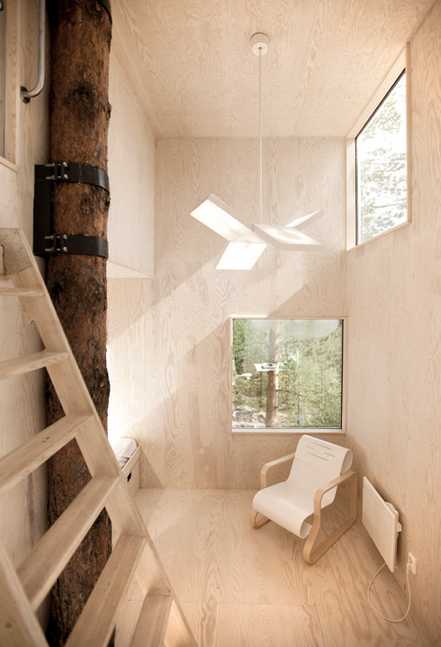 Treehotel---Mirrorcube-by-Tham-&-Videgård-the-tree-mag-110.jpg