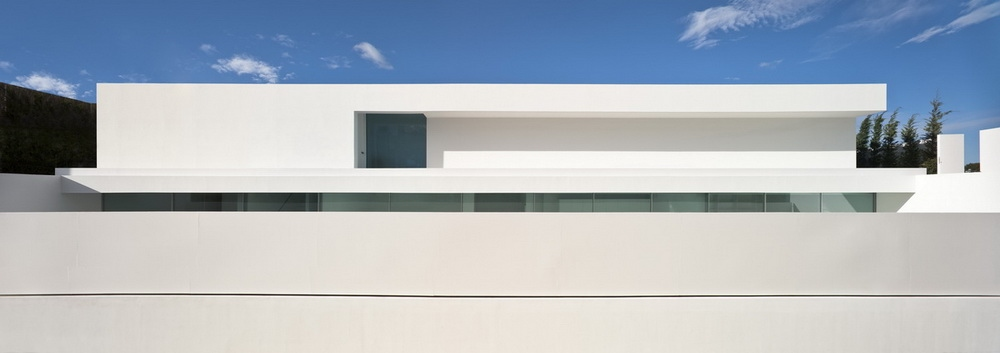 Casa del Atrio by Fran Silvestre Arquitectos the-tree-mag 40.jpg