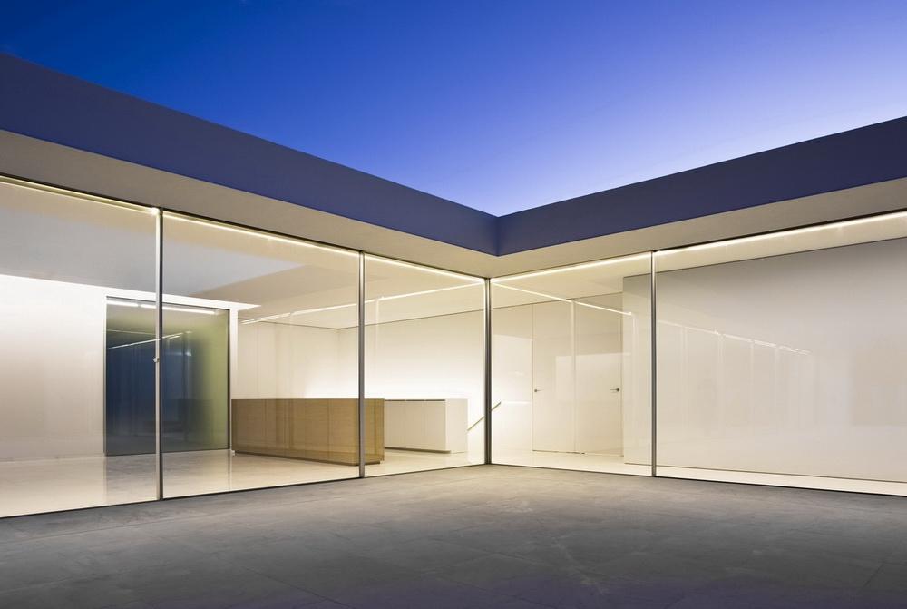 Casa del Atrio by Fran Silvestre Arquitectos the-tree-mag 60.jpg
