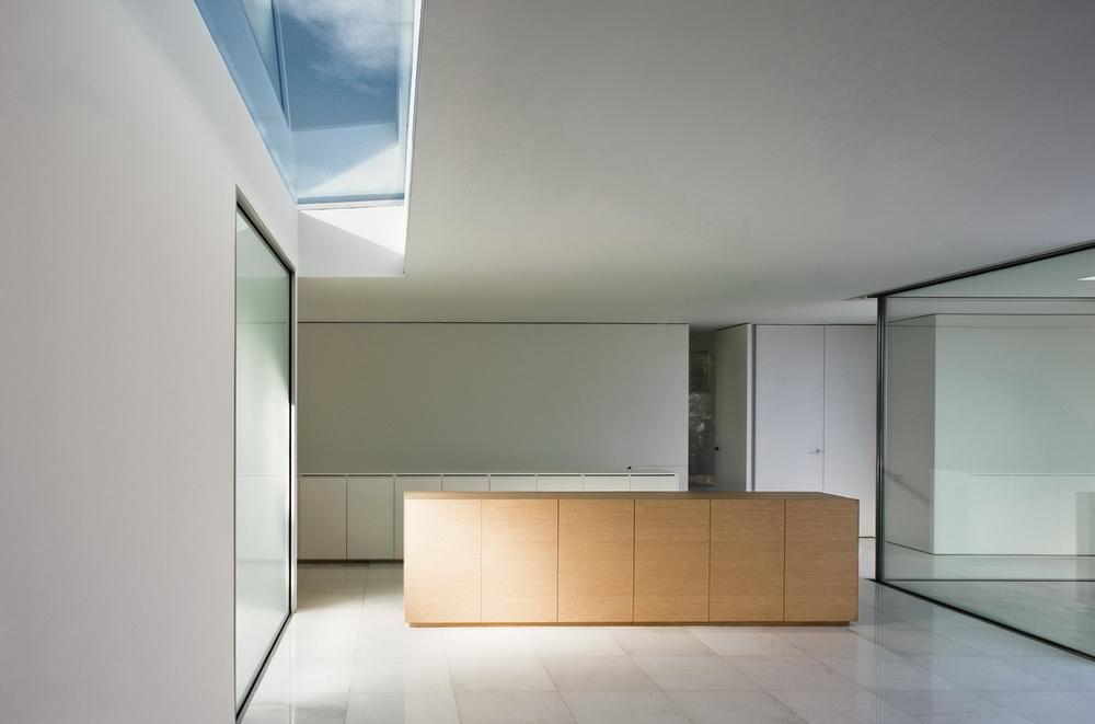 Casa del Atrio by Fran Silvestre Arquitectos the-tree-mag 120.jpg