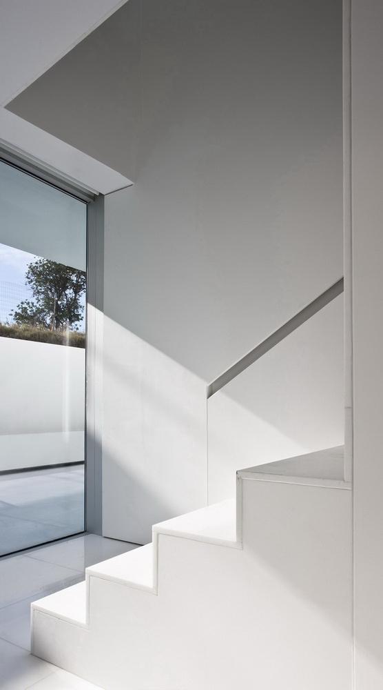 Casa del Atrio by Fran Silvestre Arquitectos the-tree-mag 150.jpg