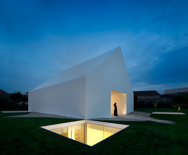 House In Leiria by Aires Mateus the-tree-mag 110.jpg