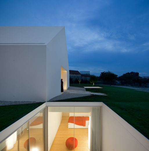 House In Leiria by Aires Mateus the-tree-mag 120.jpg