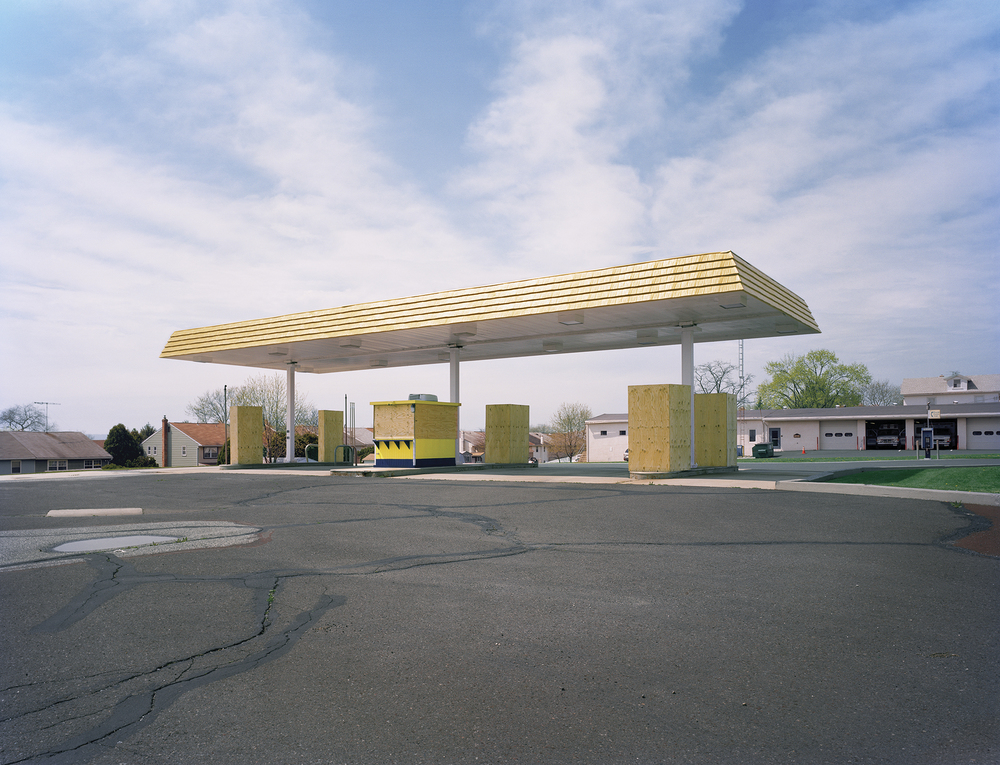 Jade_Doskow_Gas_Station_the_tree_mag.jpg