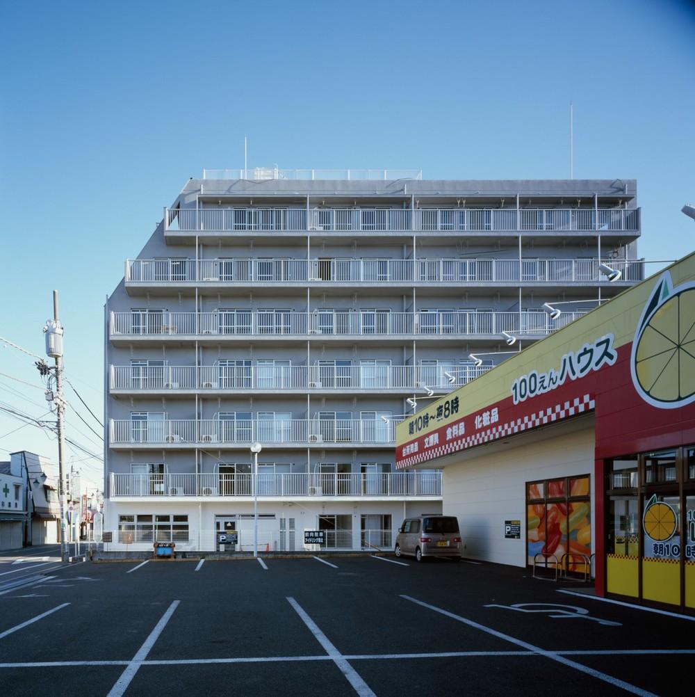 Sayama Flat by Schemata Architects the-tree-mag 120.jpg