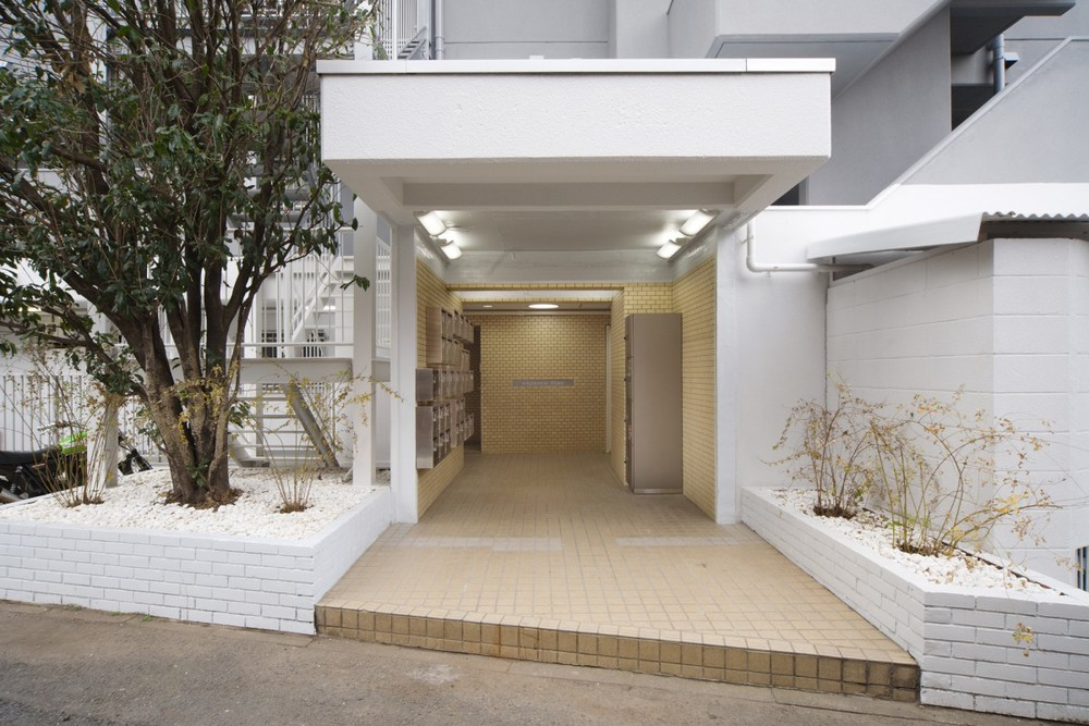 Sayama Flat by Schemata Architects the-tree-mag 130.jpg