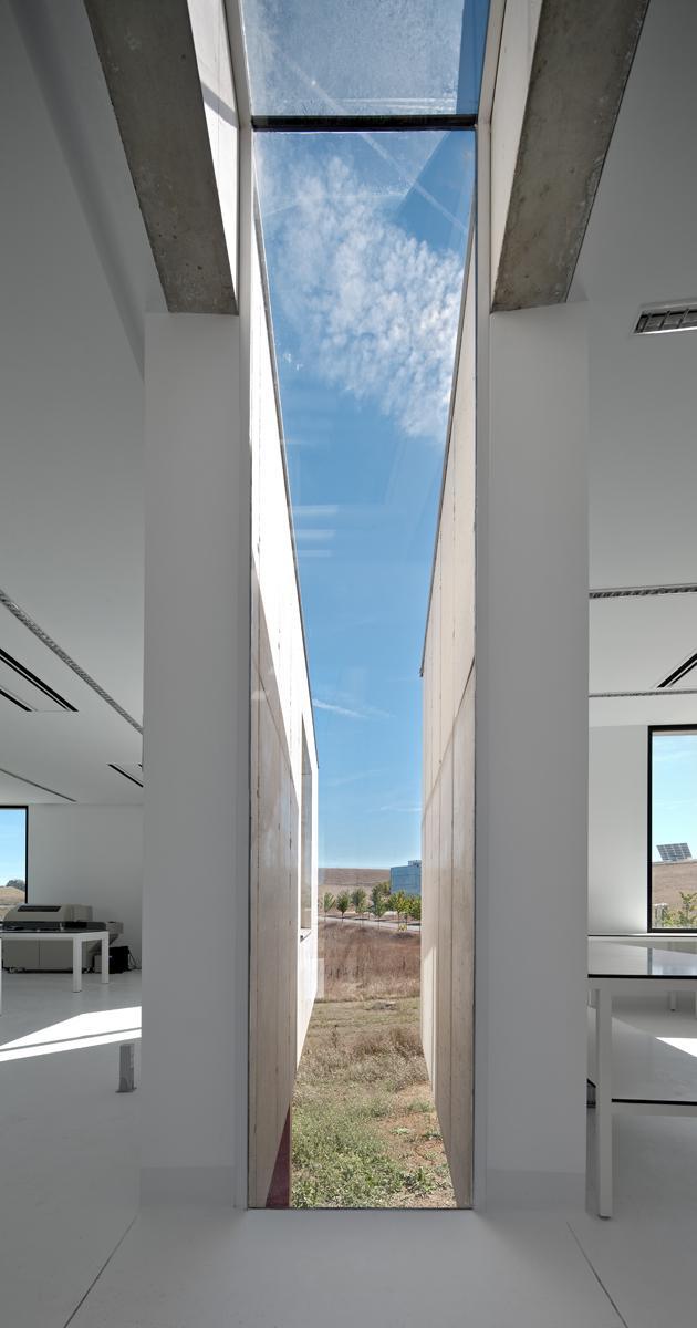 Laboratorios Biokilab by Taller Básico de Arquitectura the-tree-mag 80.jpg