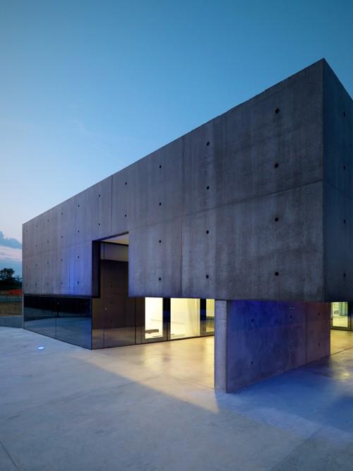 House_in_Urgnano_Matteo_Casari_Architetti_the_tree_mag 90.jpg