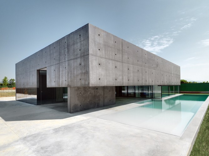 House_in_Urgnano_Matteo_Casari_Architetti_the_tree_mag 20.jpg