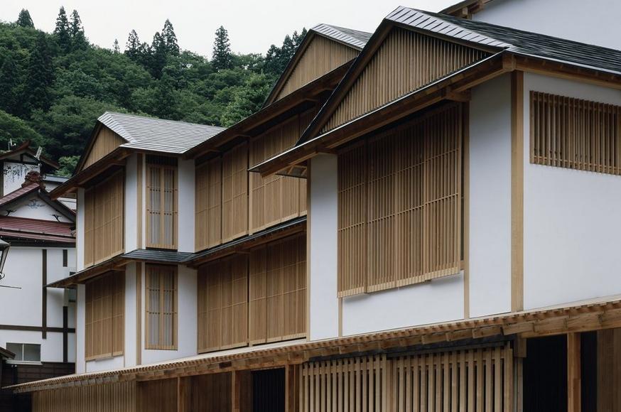 Ginzan Onsen Fujiya by Kengo Kuma the-tree-mag 90.jpg