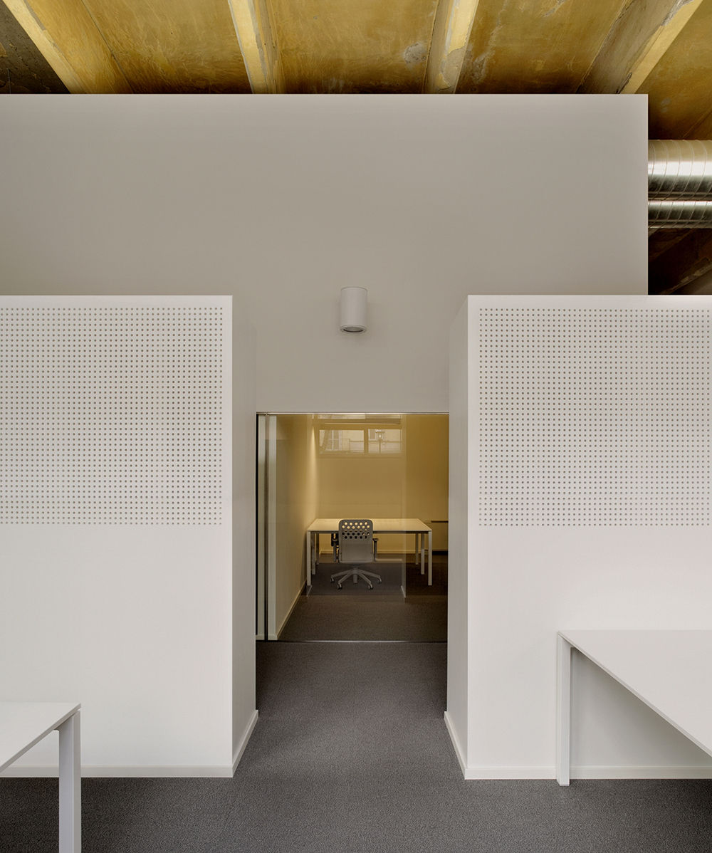 Sempla Offices by DAP Studio the-tree-mag 30b.jpg