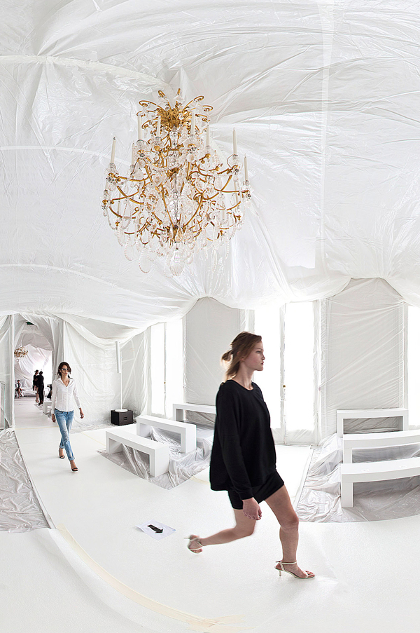 maison-martin-margiela-ss13-installation-by-penique-productions-the-tree-mag-70.jpg