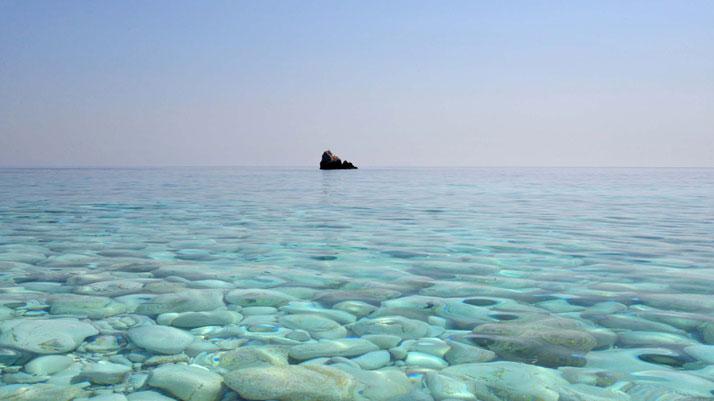 sea-through-by-marina-vernicos-the-tree-mag-60.jpg