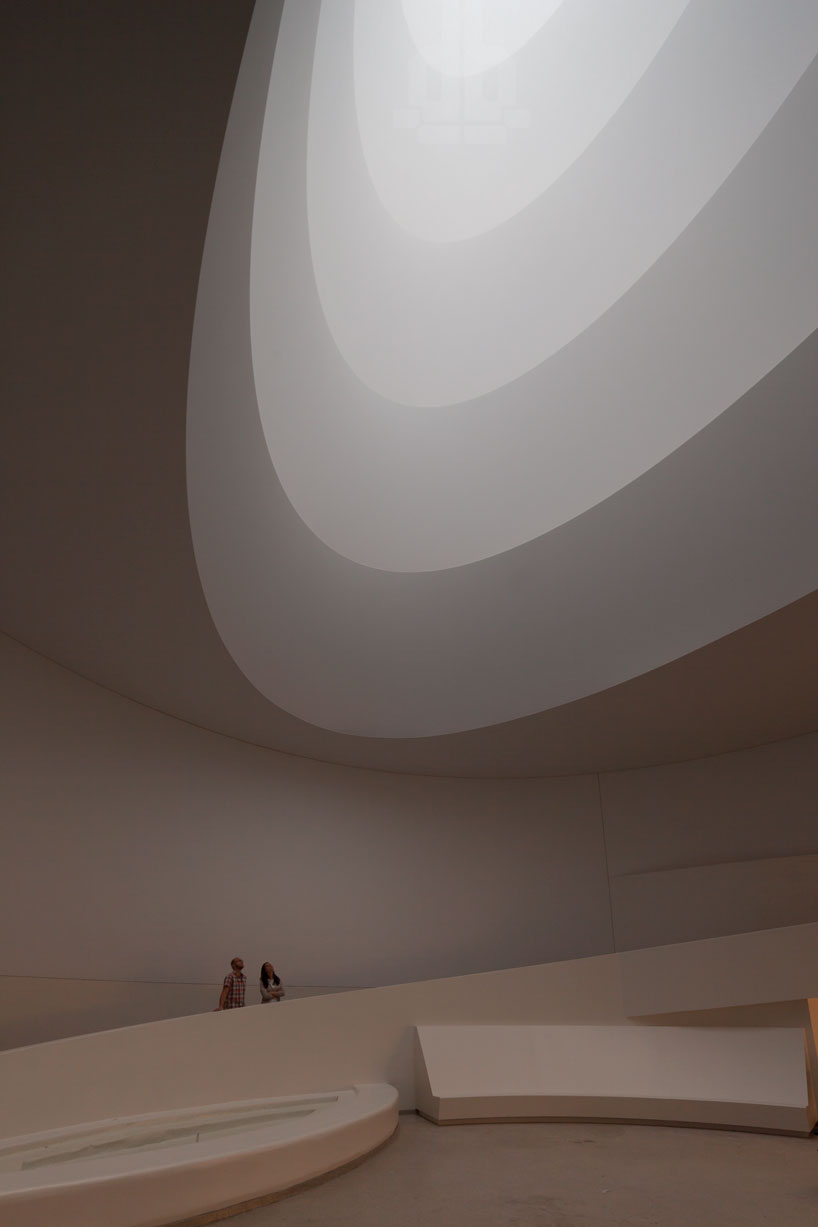james-turrell-at-the-guggenheim-new-york-the-tree-mag-20.jpg