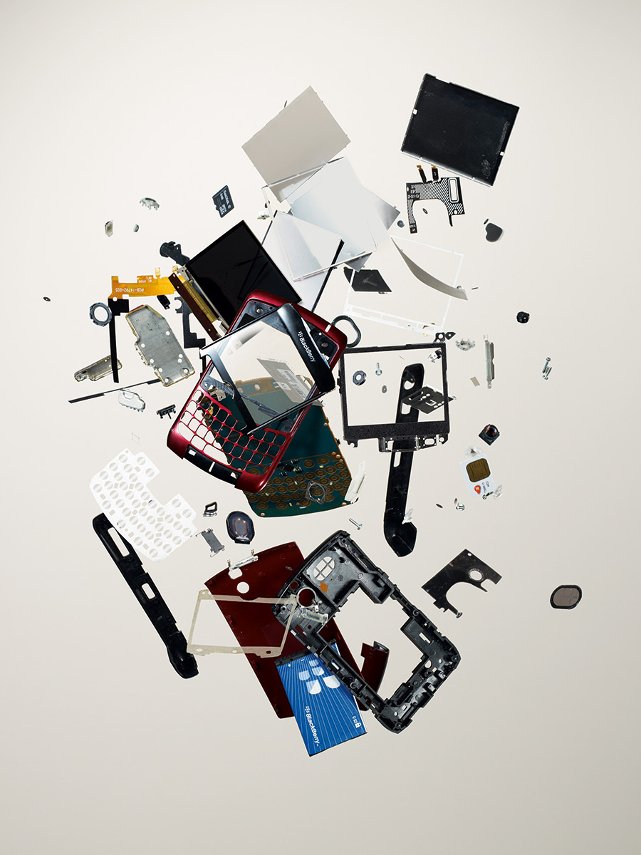 Smartphone, 2007; BlackBerry; Component count: 120.
