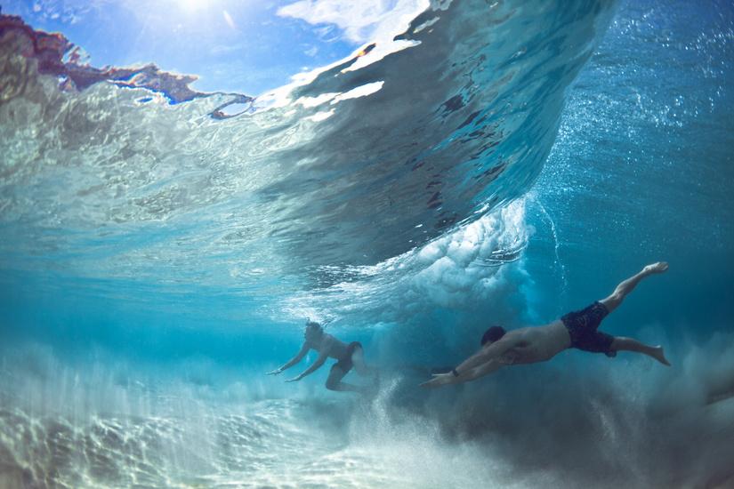 underwater-by-mark-tipple-the-tree-mag-60.jpg