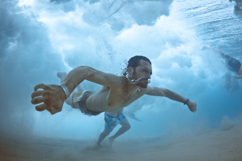 underwater-by-mark-tipple-the-tree-mag-63.jpg