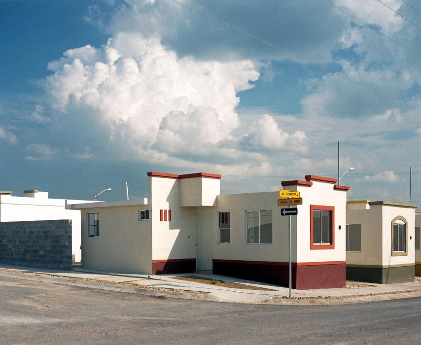 fragmented-cities-by-alejandro-cartagena-the-tree-mag-20.jpeg