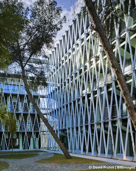 parque-cientfico-de-murcia-by-retes-arquitectos-the-tree-mag-90.jpg