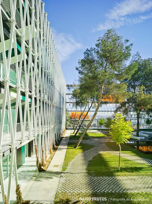 parque-cientfico-de-murcia-by-retes-arquitectos-the-tree-mag-180.jpg