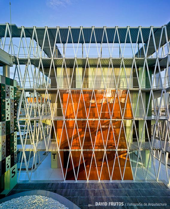 parque-cientfico-de-murcia-by-retes-arquitectos-the-tree-mag-250.jpg