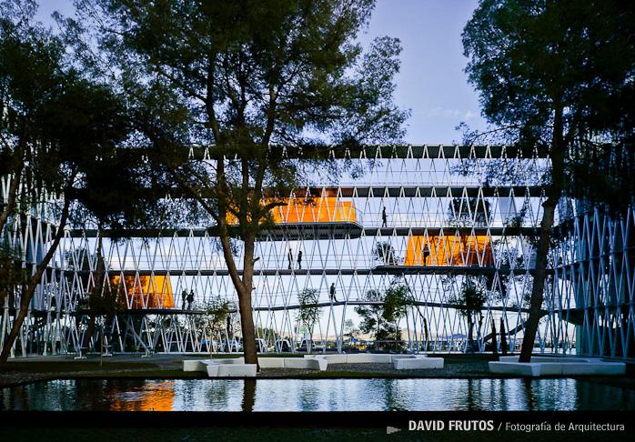 parque-cientfico-de-murcia-by-retes-arquitectos-the-tree-mag-220.jpg